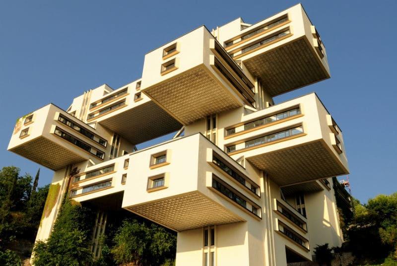 top-15-fantasticheskih-zdaniy-sovetskoy-arhitectury-03