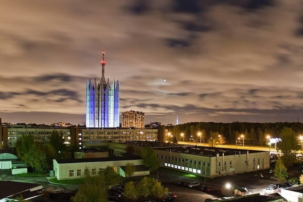 top-15-fantasticheskih-zdaniy-sovetskoy-arhitectury-10