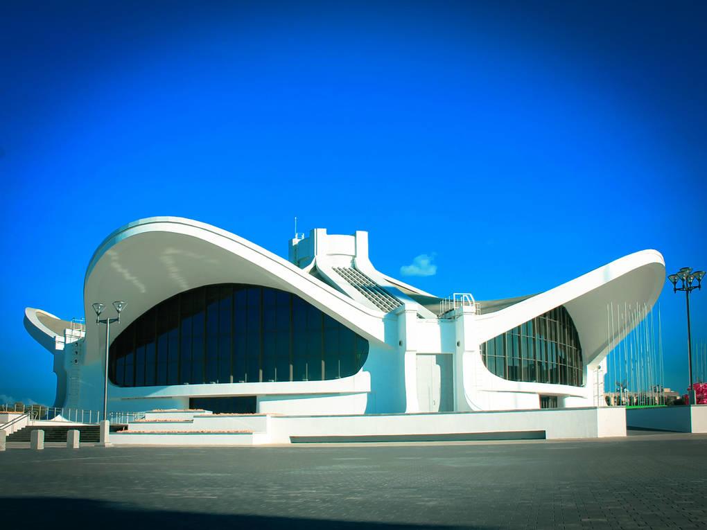 top-15-fantasticheskih-zdaniy-sovetskoy-arhitectury-12