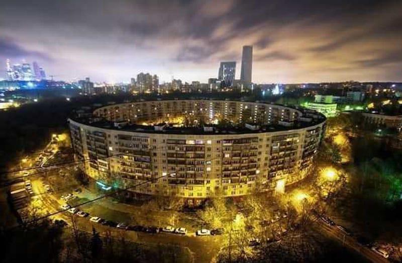 top-15-fantasticheskih-zdaniy-sovetskoy-arhitectury-16
