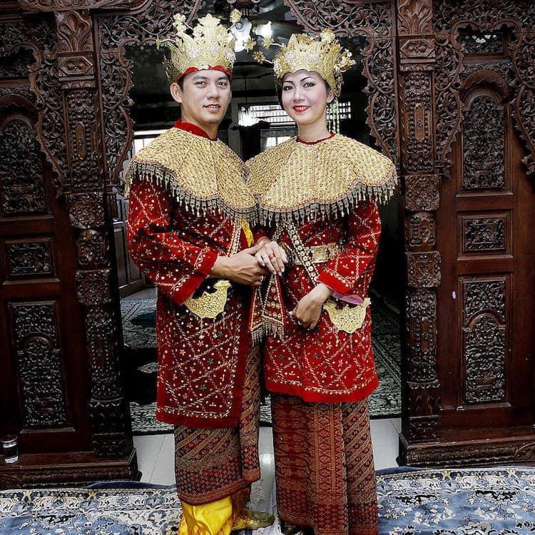traditional wedding Indonesia