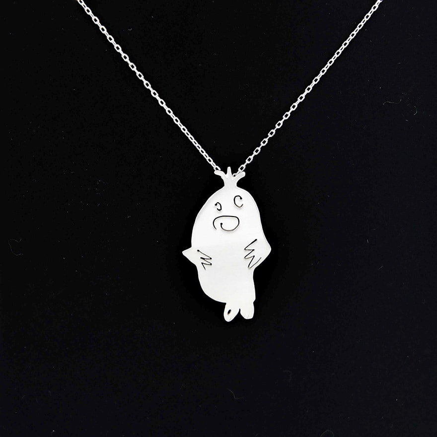two-artist-moms-are-turning-the-childrens-art-to-unique-silver-jewelries