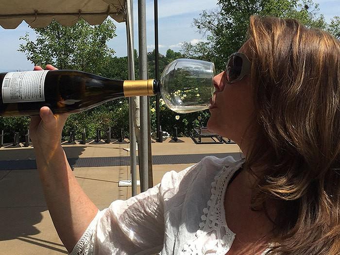 вино бутылочного стекла жрать-Buddy-5