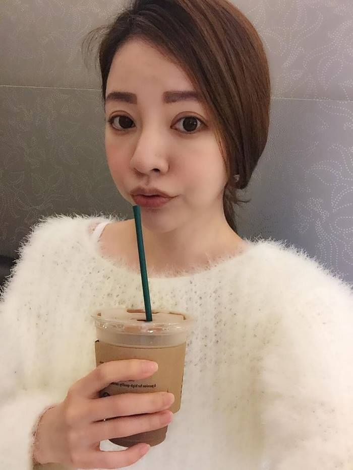 youthful-taiwanese-woman-mother-sisters-lure-fayfay-sharon-hsu-001