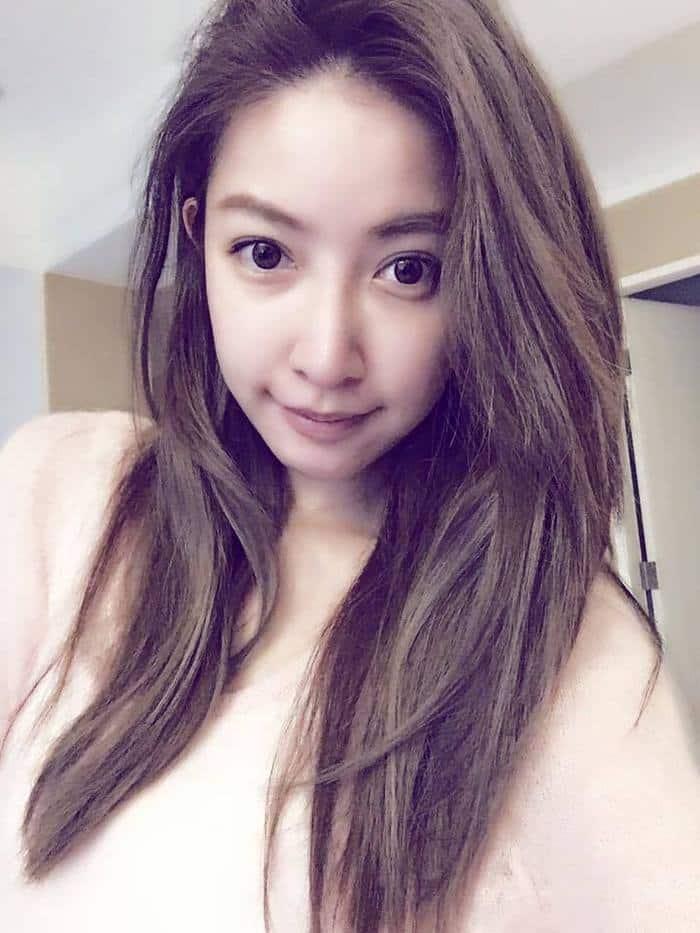 youthful-taiwanese-woman-mother-sisters-lure-fayfay-sharon-hsu-110