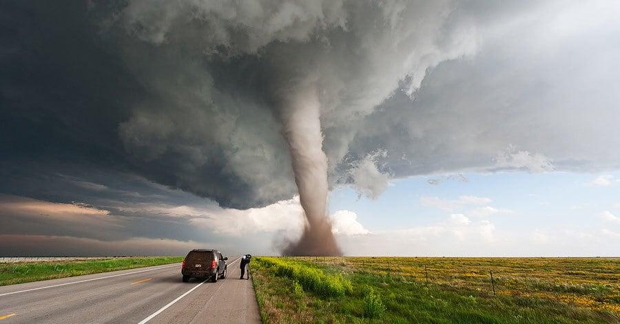Фотограф делает безумные снимки природной стихии