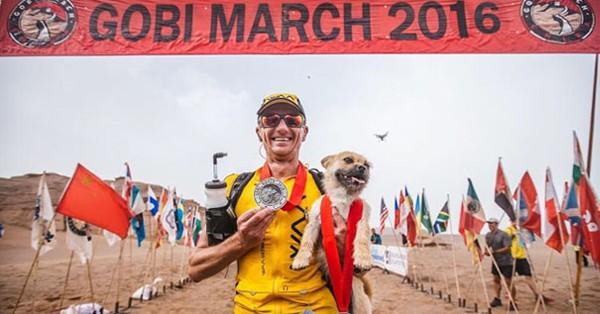 Бездомный пес обрел хозяина во время 155-мильного забега
