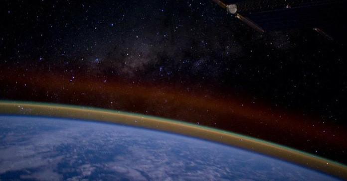 Завораживающие фотографии из Твиттера астронавта, сделанные с борта МКС