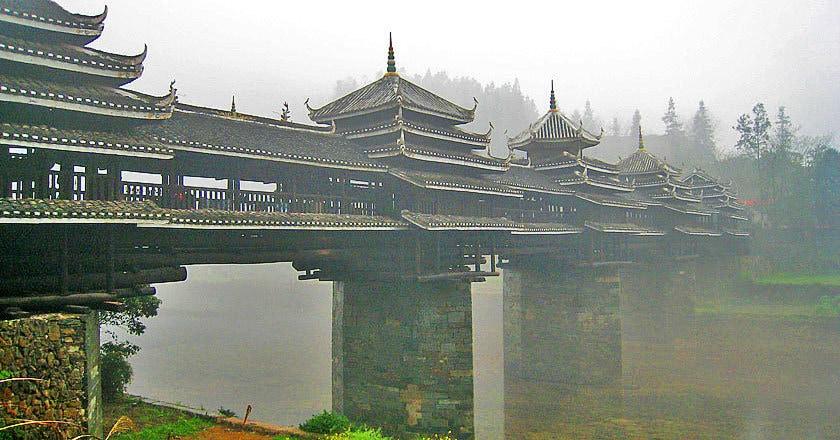 15 невероятных мостов, на которых стоит побывать