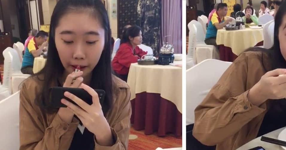 Китаянки продемонстрировали всему миру, как можно есть с накрашенными губами, и этот лайфхак вас очень развеселит