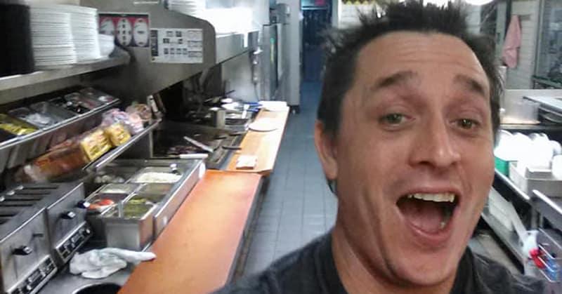 Голодный парень решил сам приготовить себе еду в кафе, где все работники уснули