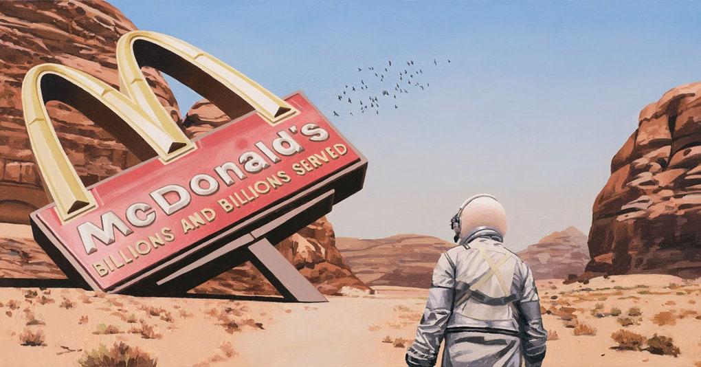 Художник из Бостона рисует картины, где главный герой – это астронавт, гуляющий по постапакалиптической Земле. Автор утверждает, что это не будущее, а настоящее