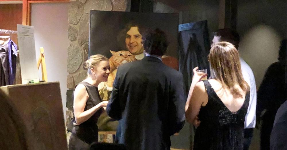 Девушка тайно нарисовала портрет своего друга. Ему стоило бы обрадоваться, но нет — ведь это была холодная и тщательно спланированная месть