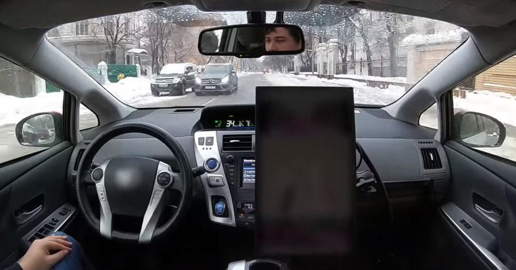 Яндекс.Такси впервые выпустили свой беспилотный автомобиль на улицы Москвы. И вот видео от лица пассажира