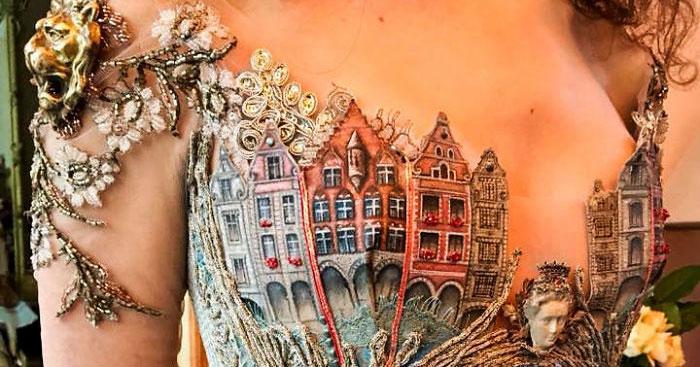 Дизайнер из Франции создаёт невероятно красивые платья, используя необычные материалы. Кажется, что они сошли со страниц каких-то сказок
