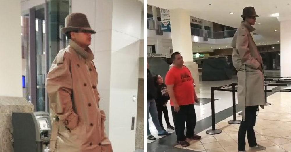Два друга решили притвориться одним человеком и пройти на киносеанс по одному билету. Для этого понадобились лишь длинный плащ и шляпа