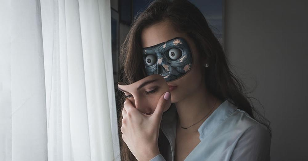 Фотограф представил будущее, в котором роботы не отличаются от людей. И выглядит это до жути реалистично