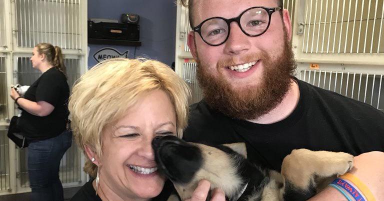 Мама сказала сыну, что согласится на собаку, если её убедит миллион человек. На это потребовалось 4 дня