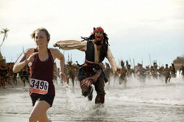 Девушка выиграла забег на 5 км, и муж в награду добавил на её фотографию с гонки немного спецэффектов 6