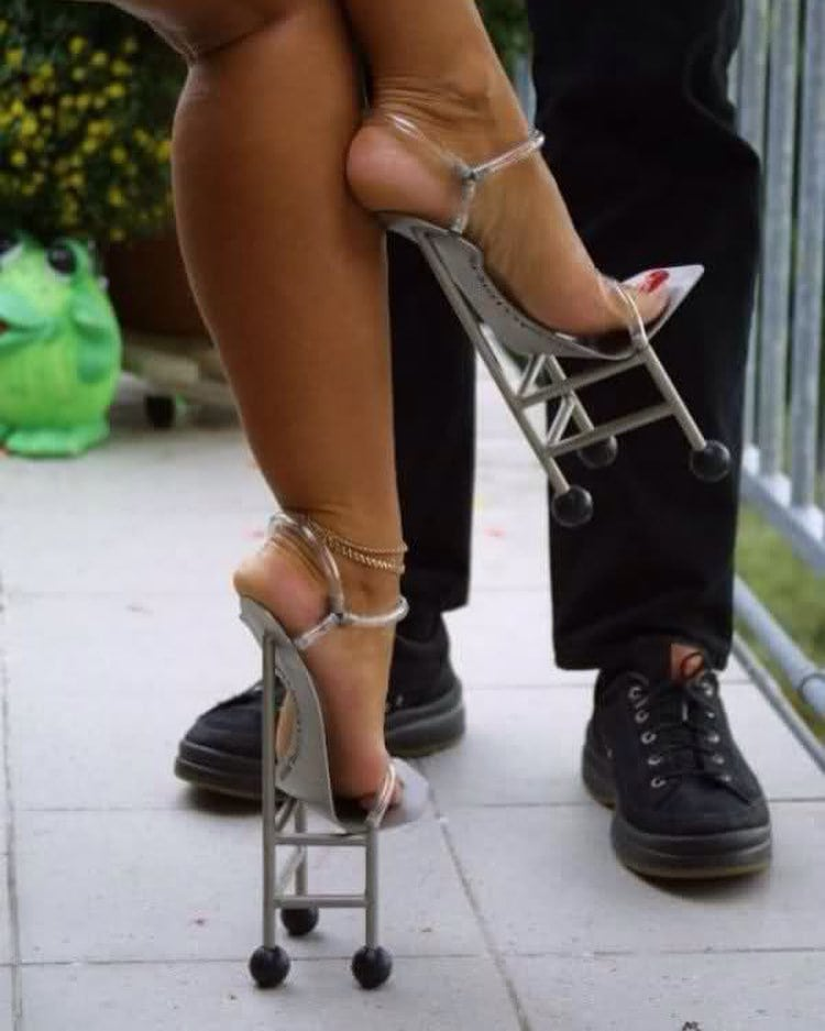 25 странных дизайнов обуви, которые пройдутся по вашему чувству вкуса, как по асфальту 1