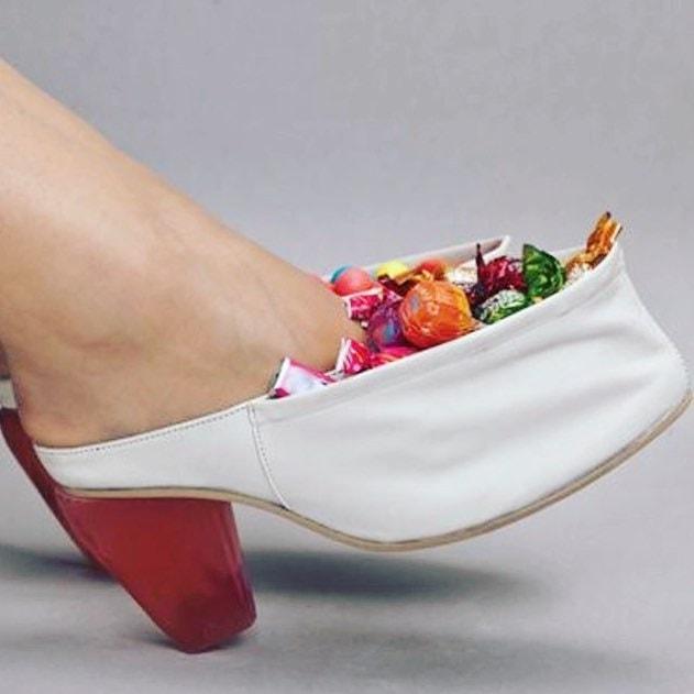 25 странных дизайнов обуви, которые пройдутся по вашему чувству вкуса, как по асфальту 3