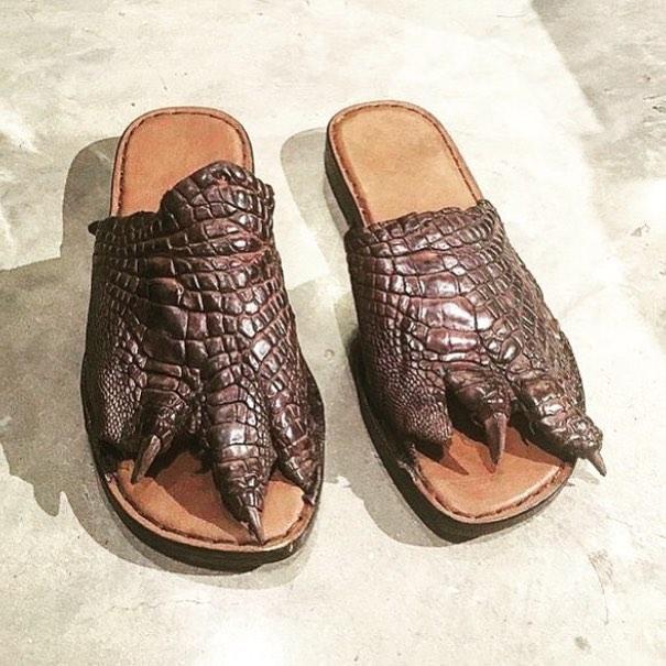 25 странных дизайнов обуви, которые пройдутся по вашему чувству вкуса, как по асфальту 13
