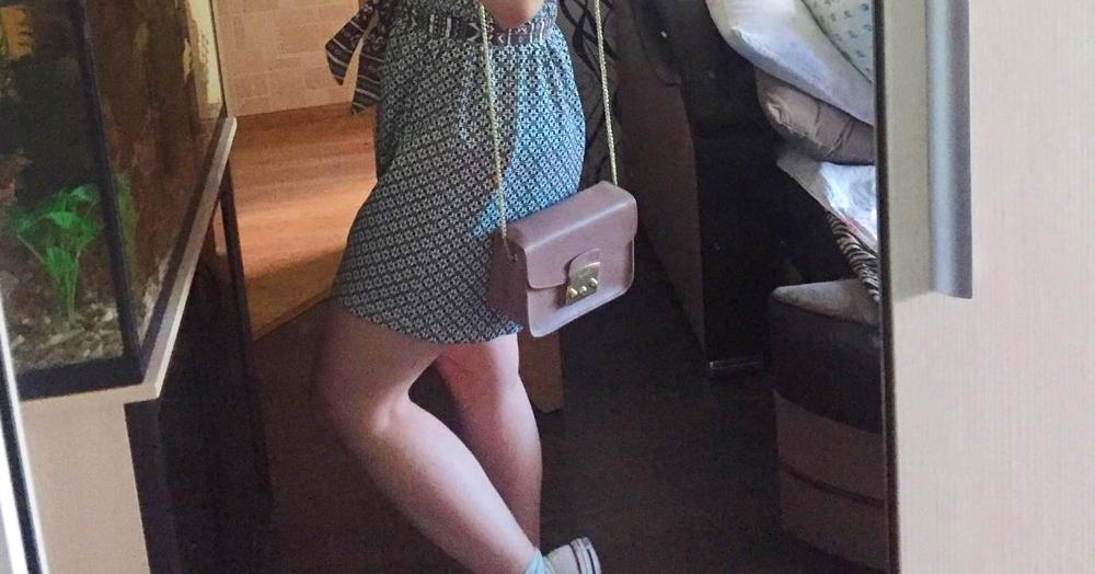 Девушка думала, что нашла ретро-шорты, и ушла в них гулять. Осознать модный провал помогла мама