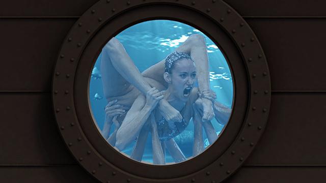 Синхронистка попала в кадр в странной позе. Фотошоперы вступили в игру и добавили снимку безумия 3685