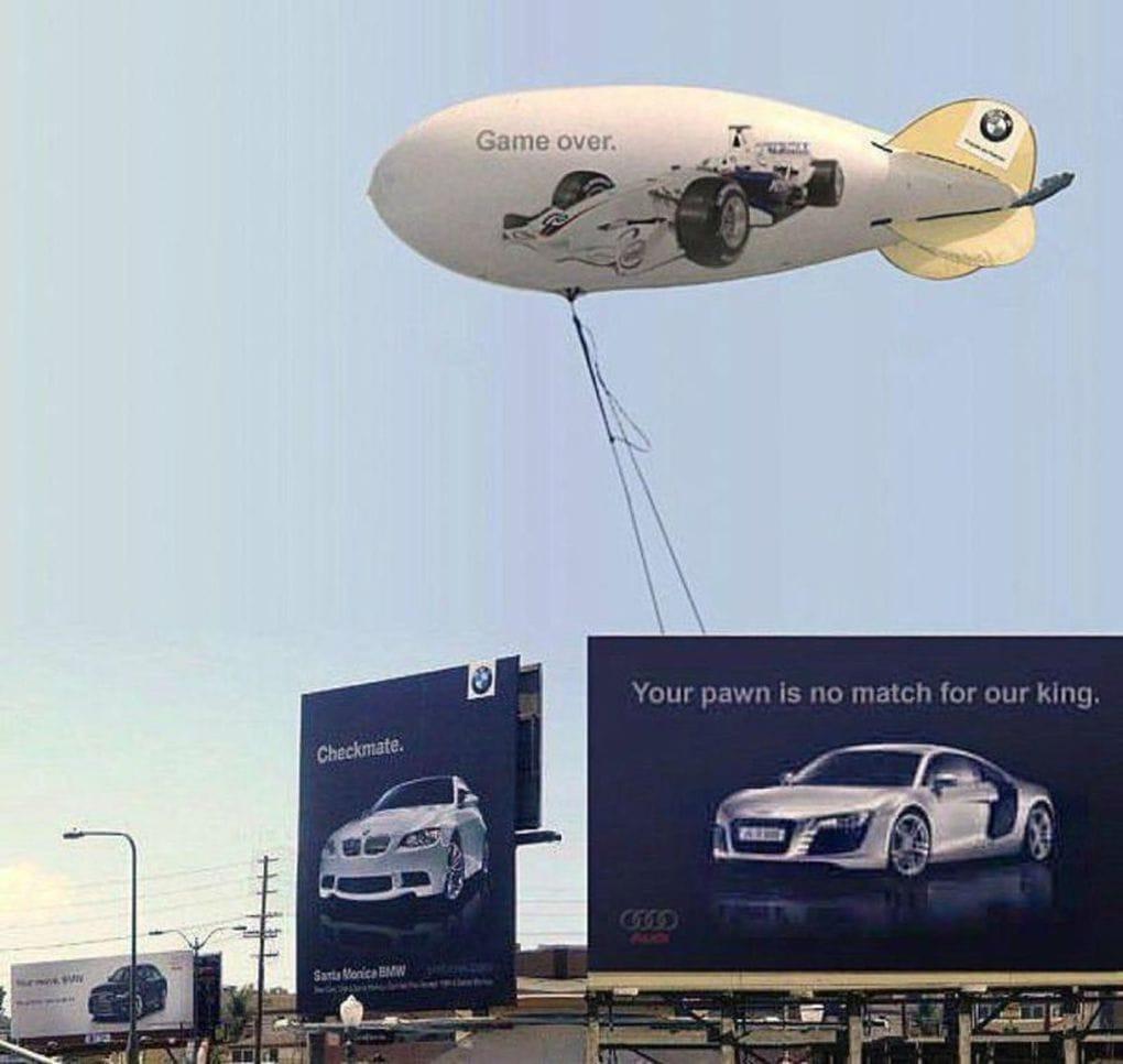 Война брендов продолжается: Audi подколол BMW за новый рекламный плакат, но там нашли, что ответить 15
