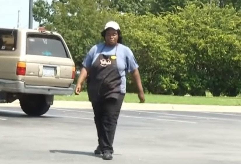 Девушка каждый день тратила 4 часа пешком, чтобы добраться до работы. Облегчить её участь взялся полицейский 1
