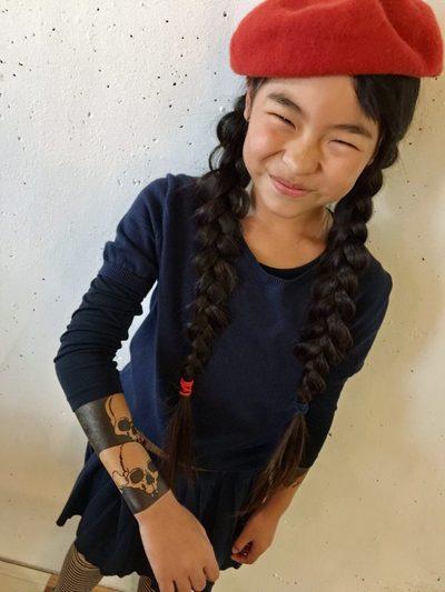 Вот уже три года 9-летняя японка делает татуировки. И у неё даже есть свои клиенты! 2