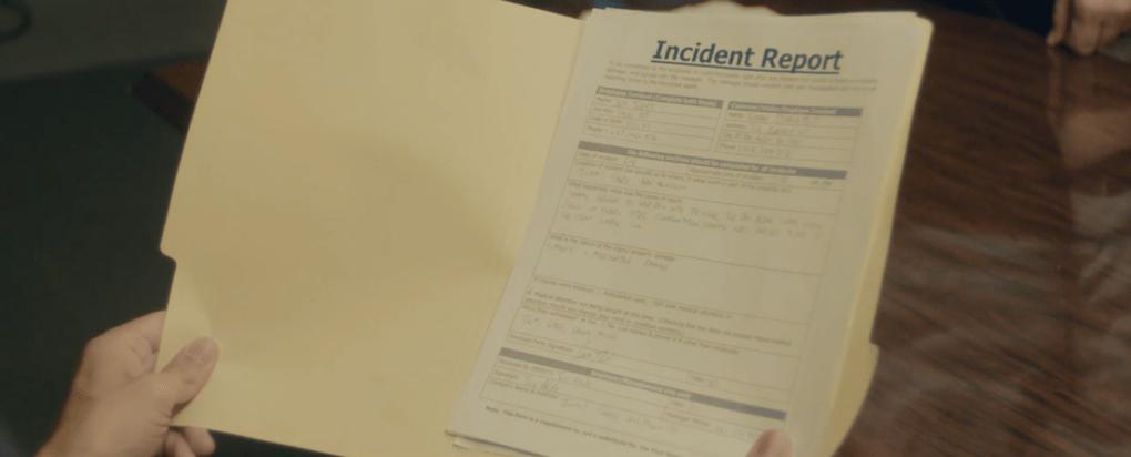 Помощница режиссёра предложила найти ляпы в отрывке из фильма и показала, чем плоха невнимательность 10