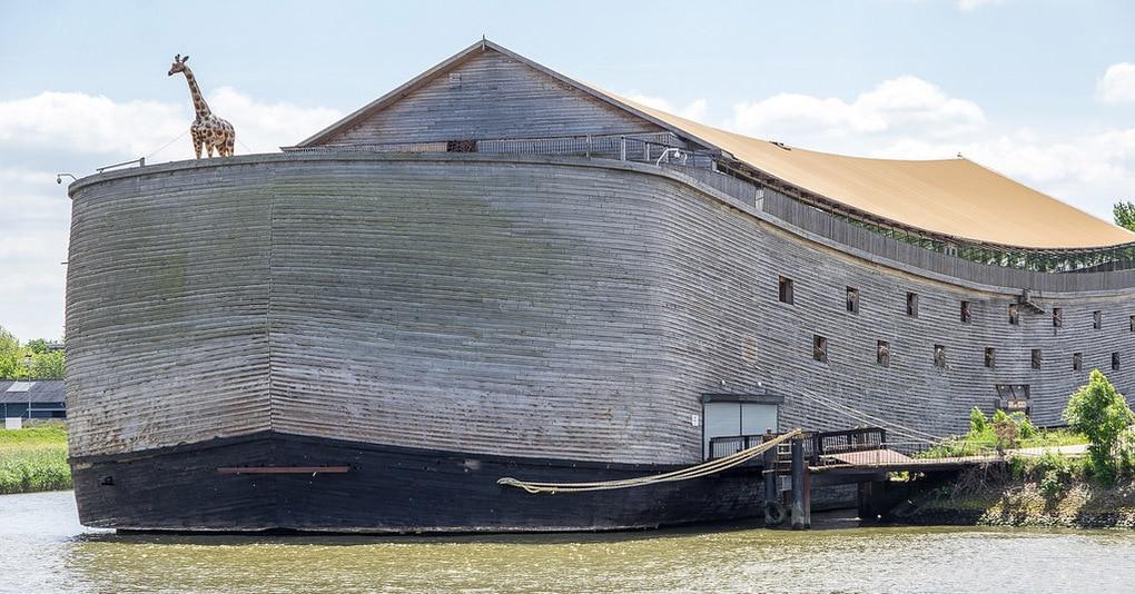 Голландец построил точную копию Ноева ковчега. Теперь собирает деньги на его отправку в Израиль