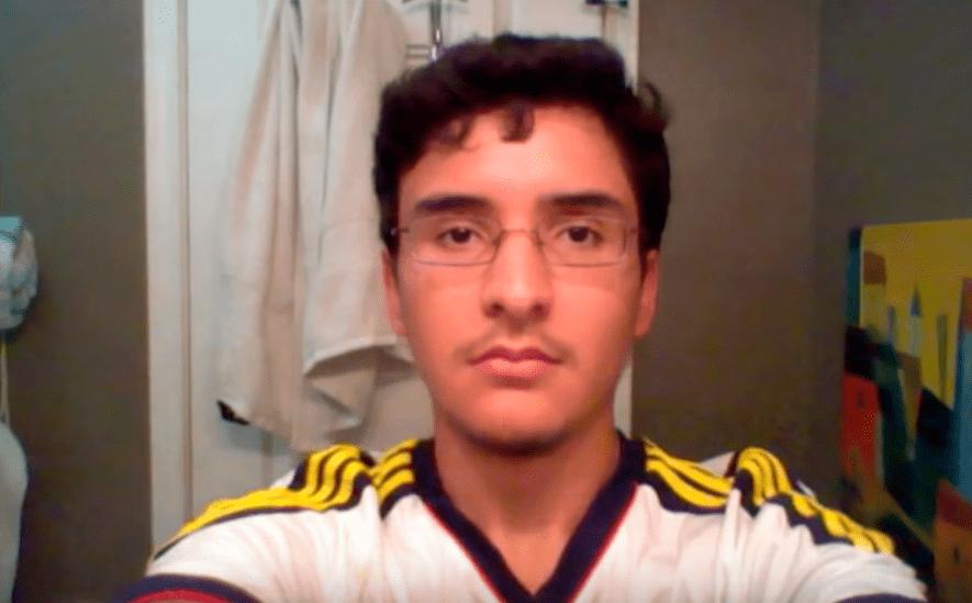 screenshot 11 1 - Парень из Техаса делал селфи 8 лет и соединил их в видео. Теперь он взрослеет за несколько минут