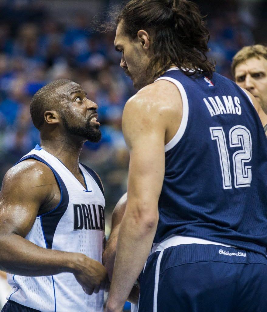 Баскетболист помог сопернику и не стал забивать мяч. И это не предательство, а минутка доброты 14