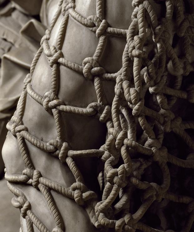 euvmoqe - В сети обратили внимание на скульптуру 18 века: люди не могут поверить в то, что она ВСЯ из мрамора