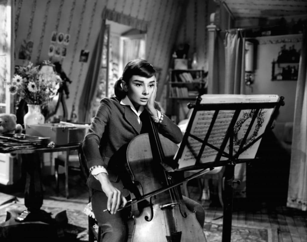 3 15 1 - ТОП-10 лучших фильмов с Одри Хепбёрн: прекрасной леди мирового кинематографа