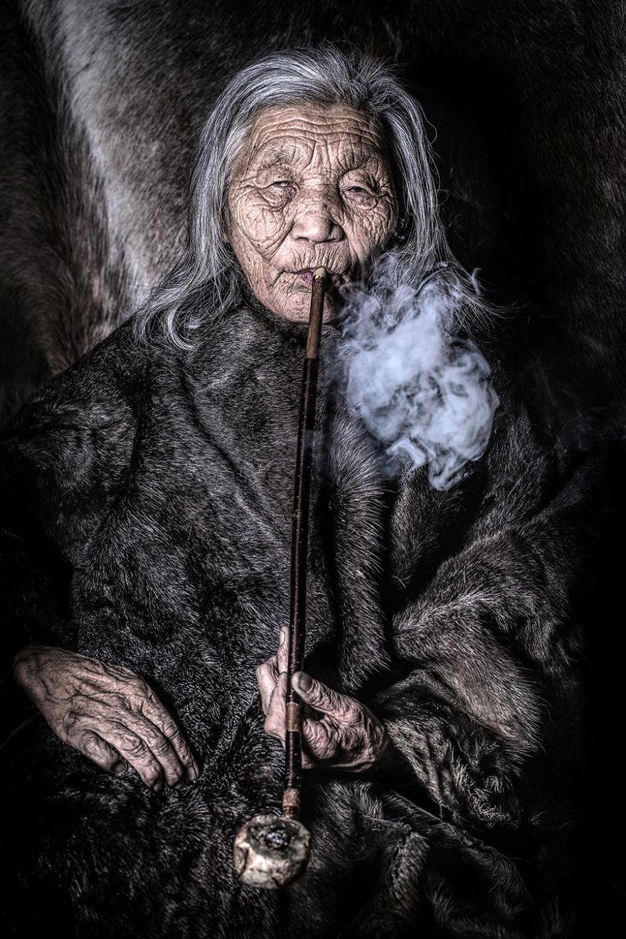 003 alexander khimushin 5d06dae4b438c  880 - «Мир в лицах» — проект, в котором фотограф из России показывает коренных жителей древних народов мира