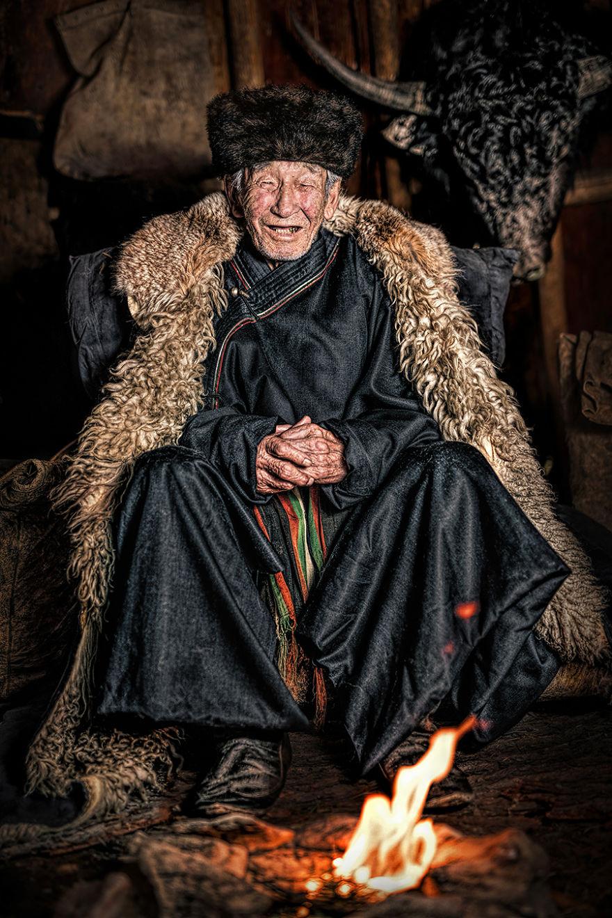 029 alexander khimushin 5d06db22b7d19  880 - «Мир в лицах» — проект, в котором фотограф из России показывает коренных жителей древних народов мира