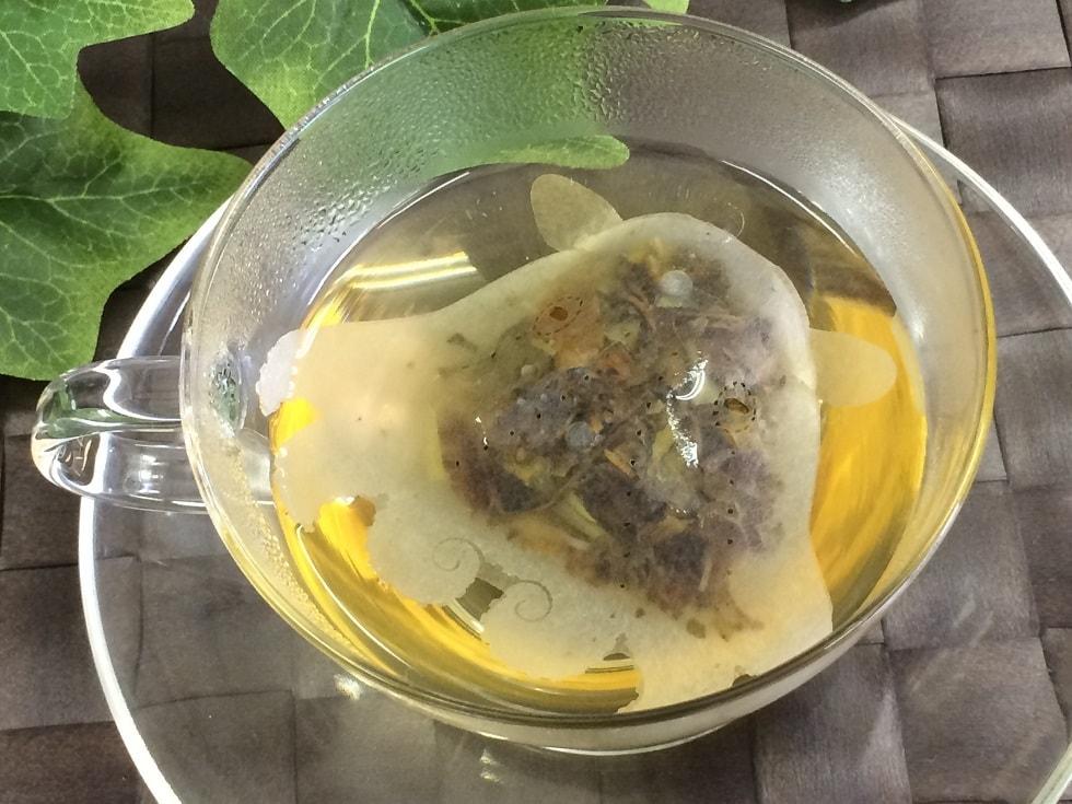 14 4 - Японская компания сделала чайные пакетики в виде существ, которыми можно удивить и напугать гостей