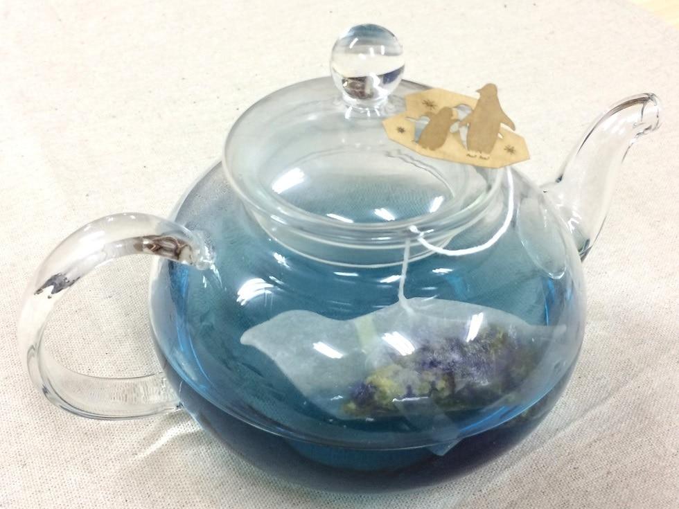 18 - Японская компания сделала чайные пакетики в виде существ, которыми можно удивить и напугать гостей