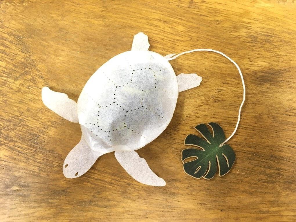 19 1 - Японская компания сделала чайные пакетики в виде существ, которыми можно удивить и напугать гостей
