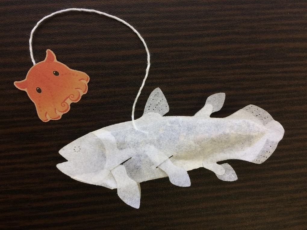 23 - Японская компания сделала чайные пакетики в виде существ, которыми можно удивить и напугать гостей