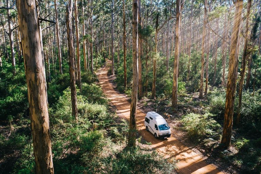 25 photos from the road trip 2019 agora photography contest that will make you want to pack a bag and hit the road 5d0a0bda01c68  880 - 20 вдохновляющих фотографий с конкурса на лучший снимок из дорожного путешествия