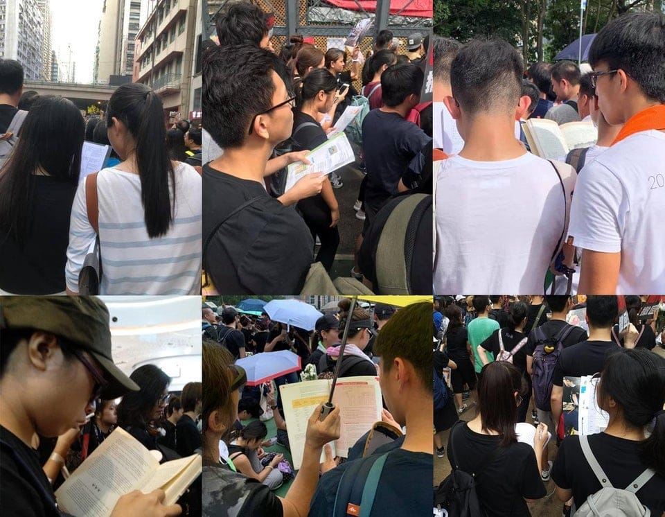 a37j7yq2mx431 - 15 снимков с акции протеста в Гонконге, которые показывают дисциплину и уважение демонстрантов