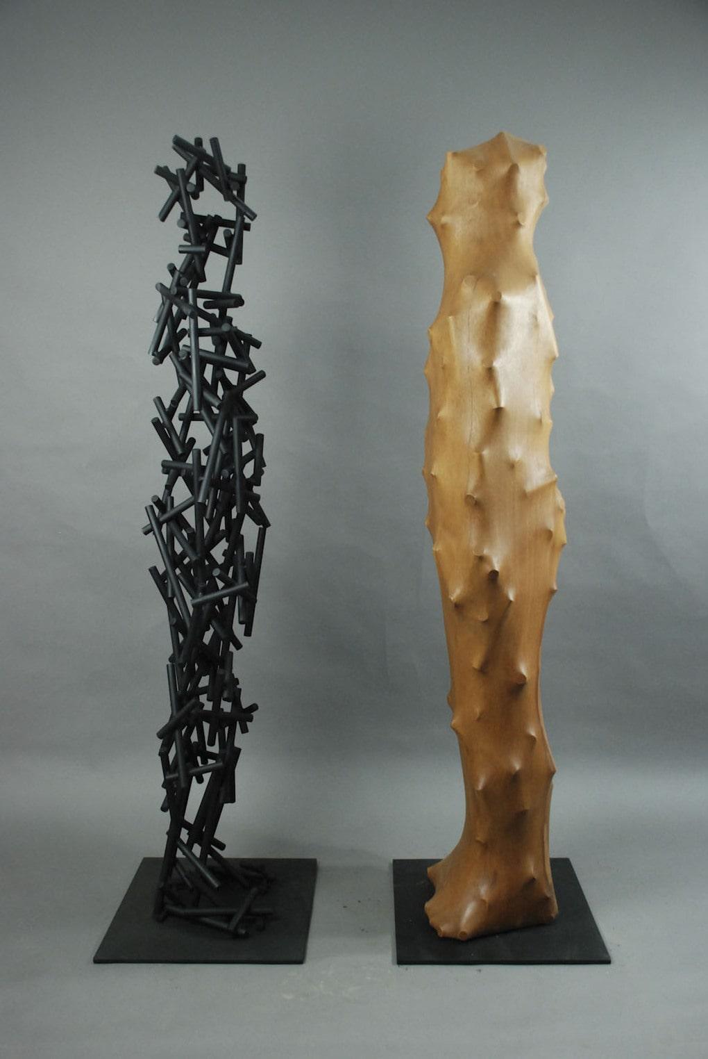 dsc 0696 1 - Тайваньский художник создаёт пугающие скульптуры из дерева, в которых как будто застряли люди