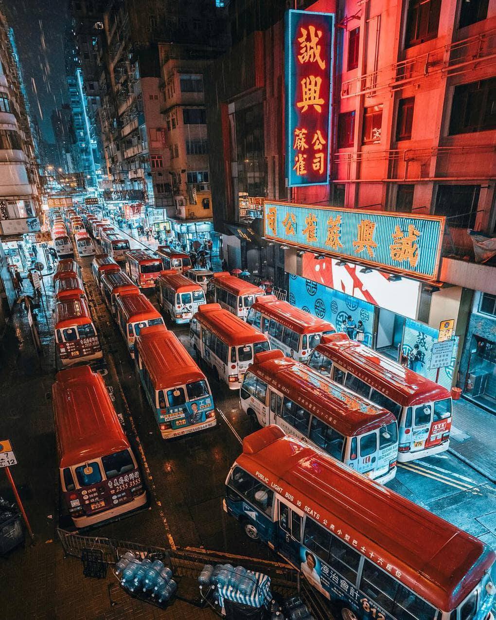 jungraphy 56260422 292385181662203 6604908713992829614 n - 25 работ фотографа из Токио, которые погрузят вас в магическую атмосферу ночных японских улиц