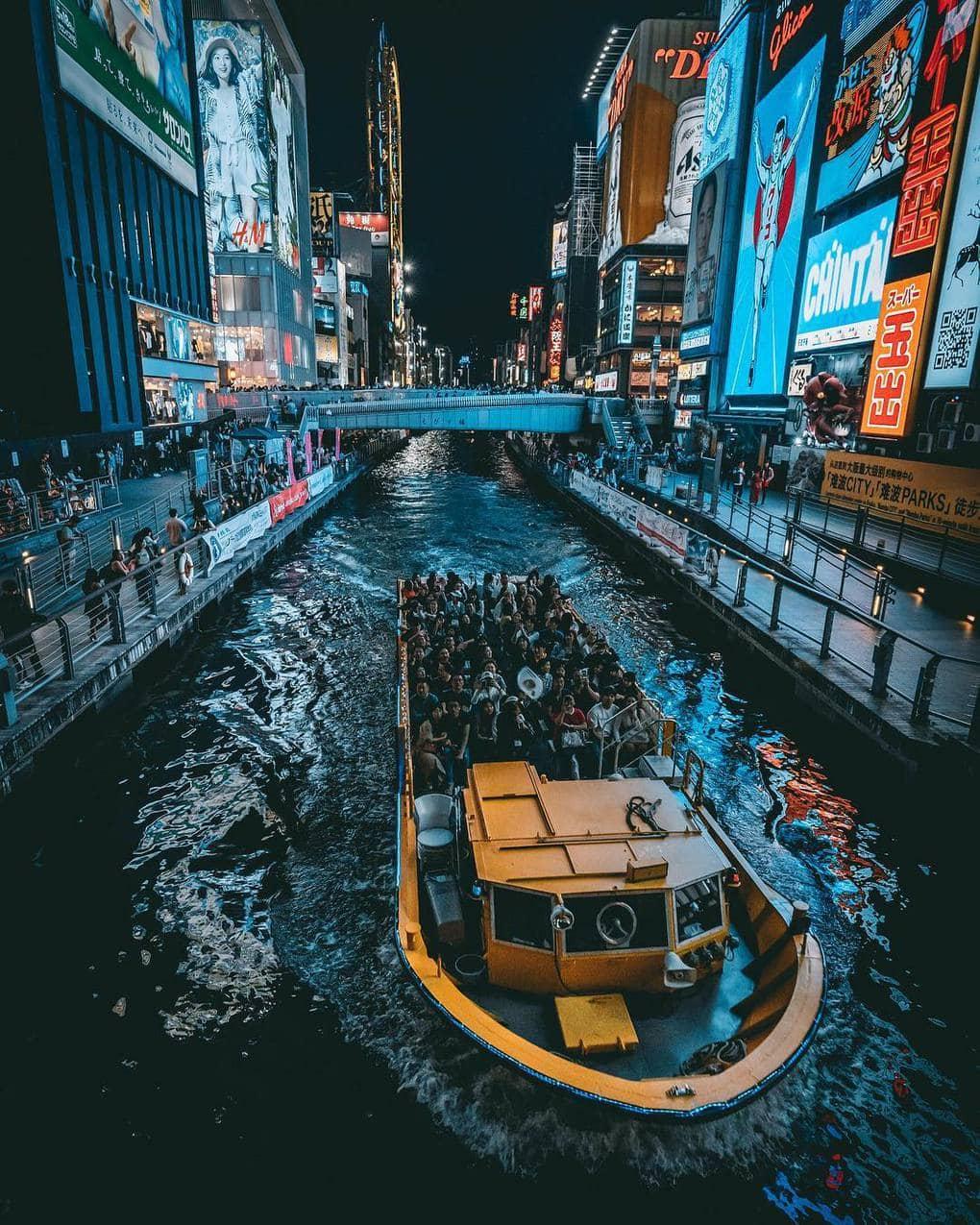 jungraphy 58887053 2238684526185268 1011098225276811404 n - 25 работ фотографа из Токио, которые погрузят вас в магическую атмосферу ночных японских улиц