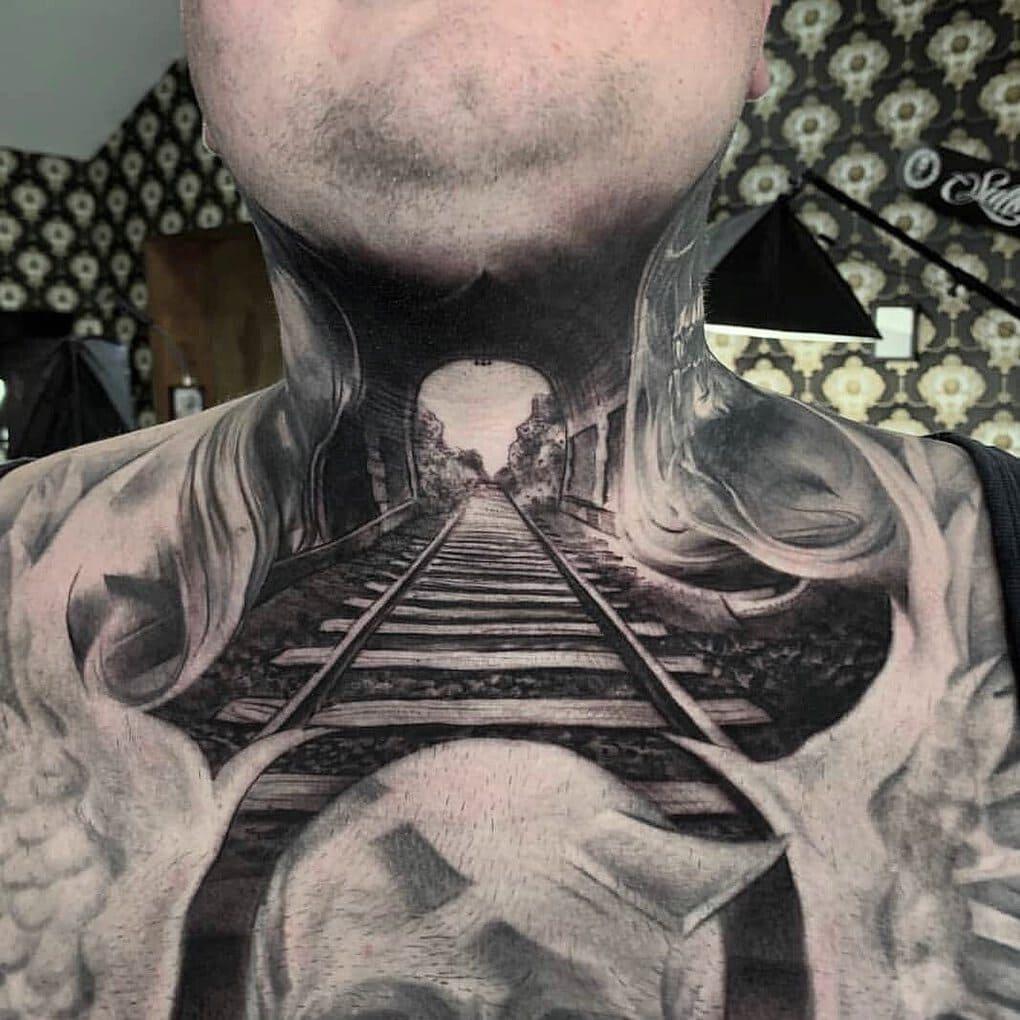 leadthefollowers 60317259 347373689255689 630641102309289487 n - 30 татуировок, которые стали украшением на шее у своих владельцев