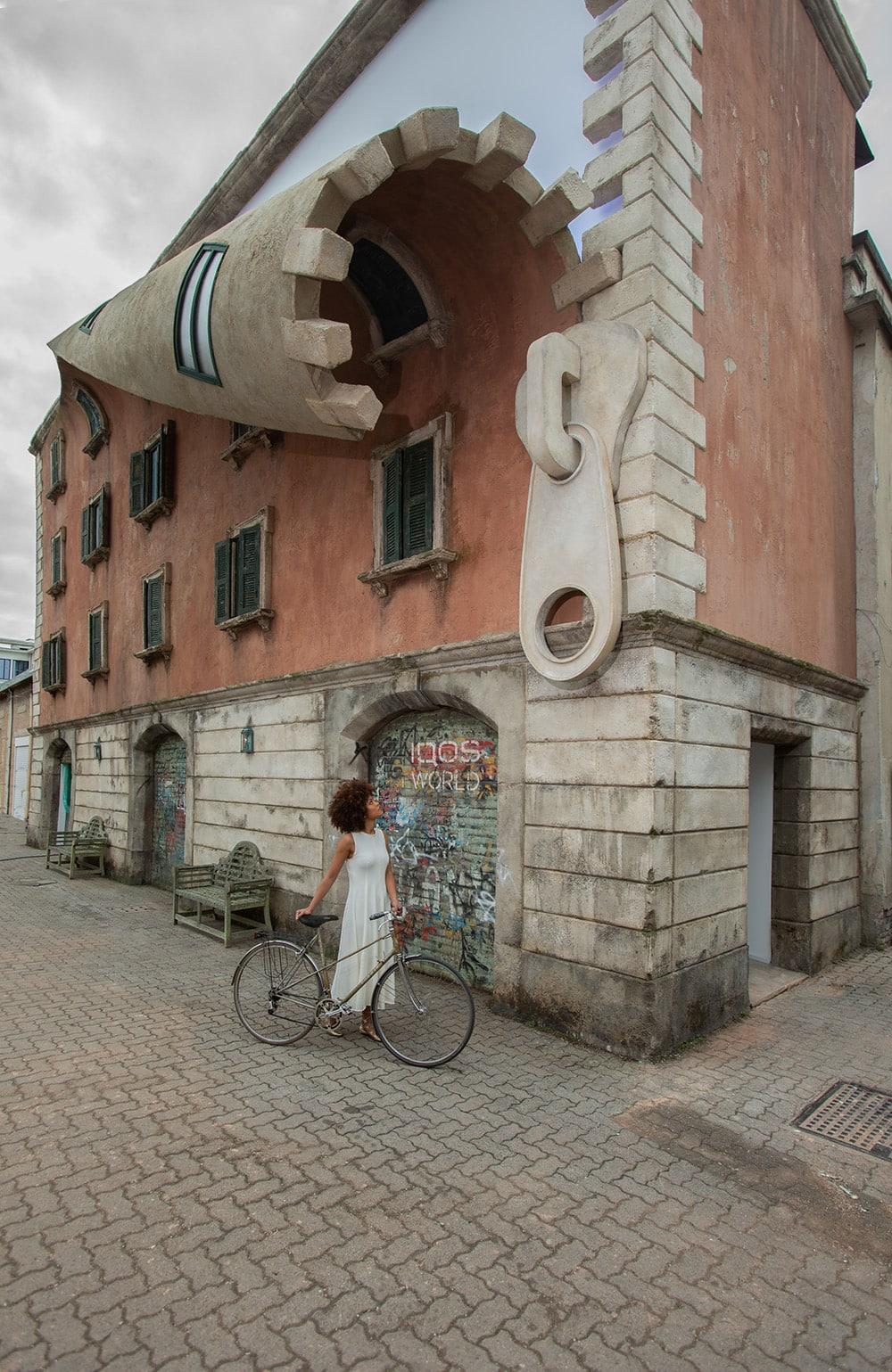 w iqos world revealed by alex chinneck a3 - 10 работ британского скульптора, у которого руки так и чешутся побаловаться с гравитацией